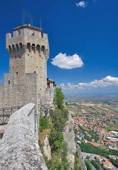 San Marino - una delle torri con vista panoramica