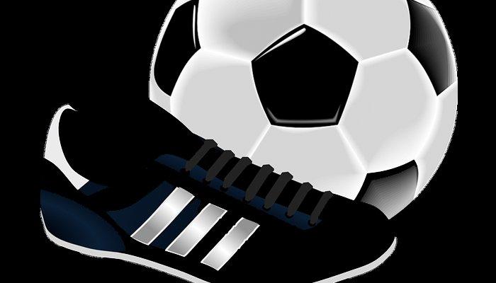 Pallone nel Cuore: Pallone e scarpe da calcio